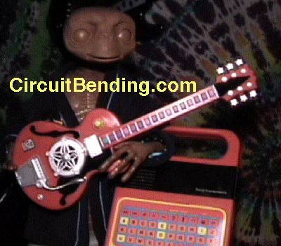 ET on MEGA JAMMERS GUITAR