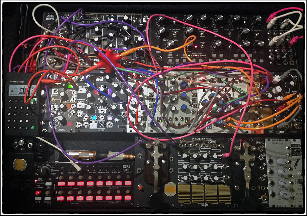 BILL T MILLER MODULAR SYNTH SYSTEM BTM