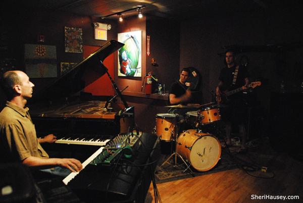 Gil Aharon Trio