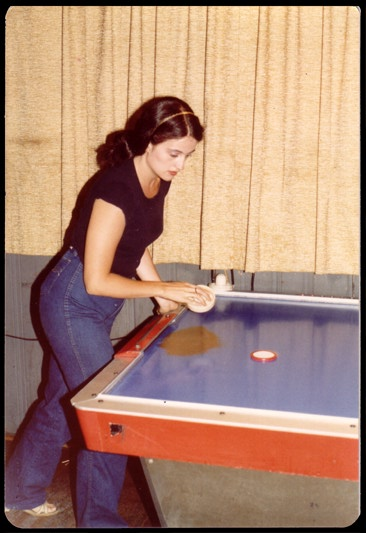 sheri air hockey